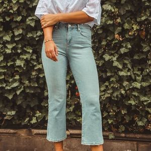 Brand new cropped Topshop Jeans size 28